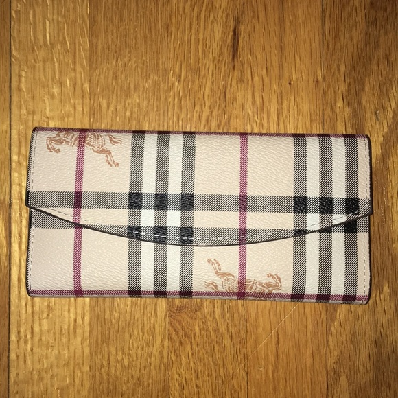 Burberry Handbags - Burberry wallet